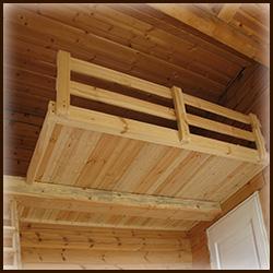 Высокая кровать второй ярус под потолком. Деревянная  кровать-чердак. Подвесная кровать.